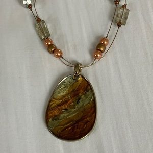Jewelry - 3/$20 Vintage Gold and Druzy Pendant Necklace